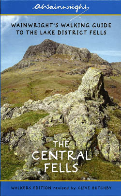 Wainwright's Walking Guide to the Lake District fells - The Central Fells